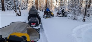 Snowmobile Rental Guide: How to Stay Safe and Have Fun
