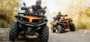 How to Ride Courteously on the Trails With Your ATV or Snowmobile Rental