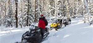 7 Things to Bring on Your Snowmobile Rental Adventure