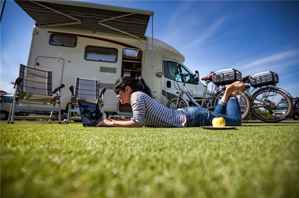 How a Recreational Vehicle Can Help With Your Summer Parties