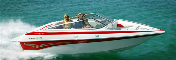Boating is the Perfect Team Building Activity